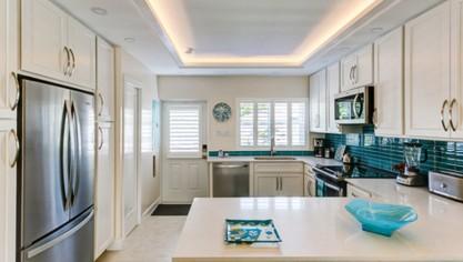 Get the best Interior and exterior door installation!